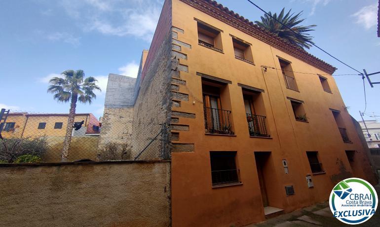 Casa - Castelló d'Empúries